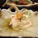 岡喜本店 - 松花堂弁当の本日の小鉢(湯葉)