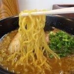 中華そば 我っ天 - 醤油の麺