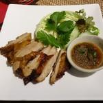96500480 - イサンセット(鶏肉焼き、ソムタム、タイもち米)1,200円(税抜)