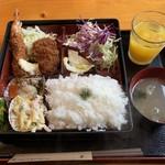 まるいち亭 - 日替わり弁当880円