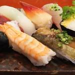 玄海鮨 - 梅にぎり  800円