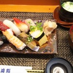 玄海鮨 - 梅にぎり  貝汁付き  茶碗蒸しはサービスしてもらいました