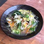 ラーメン ゆきむら - 料理写真:野菜たっぷりタンメン 塩味 853円