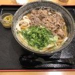 うどんの店麺や那珂川 - 料理写真:肉うどん=520円