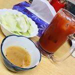 八福神 - 塩ダレつけて食べるキャベツ
