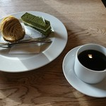 Patisserie Keinoshin - モンブランとテ ベールとホットコーヒー