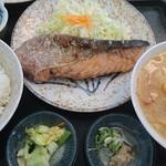 96526077 - 生鮭塩振り焼き定食