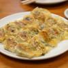 天平 - 料理写真:餃子一人前がなんと15個