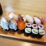 寿司懐石 かご家 - 上にぎり寿司