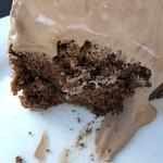 茶居珈 - チョコレートシフォンケーキの断面