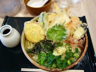 うどん和助 大名 - 野菜天ぶっかけ(冷)800円
