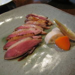 和ダイニング いつものトコロ - 鴨肉の西京焼き。西京焼きといったら魚だと思っていたけど、全然アリ!添えてあった野菜のピクルスもお気に入り。