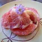 カフェ ピピピ - いちじくとピンクグレープフルーツのタルト
