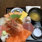 96552840 - まんきつ丼