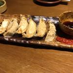 個室・鶏ざんまい 十四郎 - 鶏餃子!鶏好きには良い。