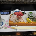 庄ちゃん寿司 - 料理写真:冷酒 & お造り盛り合わせ