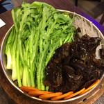 本格火鍋専門店 蜀一冒菜 - 野菜とか色々