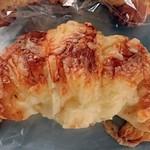 くるりん - チーズクロワッサン
