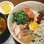 竹亭にしき - 海鮮丼