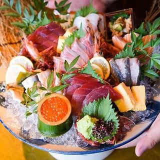 毎日産地から直送された新鮮なお魚と美味しい日本酒