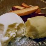 旬菜 籐や - サツマイモ添えのアイスクリーム(食べかけで失礼します)