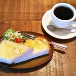 カフェ ガリテ - モーニング・バタートースト(400円)、お飲み物・コーヒー