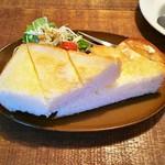 カフェ ガリテ - モーニング(厚切りバタートースト、サラダ)