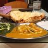 インドキッチン - 料理写真:ヘルシーランチ。カレー2種のベジタリアンセットです。ナンはチーズナンに変更。