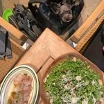 鶏とワイン HANABI  - シーザーケールサラダとお通しのカルパッチョ