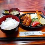 わかば - 料理写真:ミックスフライ定食 850円(税込)。