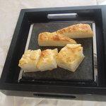 リストランテ アガペ - チーズ入りフォッカチャ
