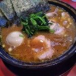 環2家 - チャーシュー麺に味玉トッピング♪