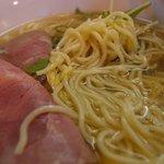 麺屋 道満 - ストレート細麺