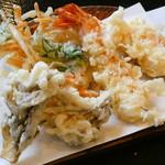 お多福 - 天ざるうどんの天ぷら