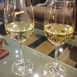 カフェレストラン ミレフォリア - 飲み比べ白