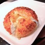 ハートブレッド アンティーク - 料理写真:チーズフランス