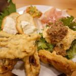 大衆肉居酒屋 ブルーキッチン - 前菜盛り合わせ