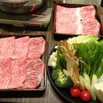 牛蔵 - 料理写真:特選黒毛和牛しゃぶしゃぶ