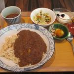 96631035 - 「特製和牛すじ肉カレー」(限定5食)(1,500円)