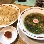96638932 - つけめん 醤油味細麺海苔なし明太子トッピング