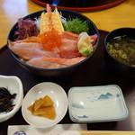 本家鮪屋 - 海鮮丼定食