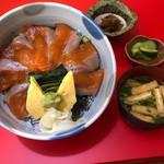 わたべ亭 - 安曇野名産、信州サーモン丼