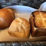 cafe まごころ米て - パン3種類