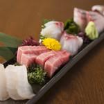 雑魚や 基 - 料理写真:お刺身盛り合わせ