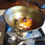 高須賀 - 料理写真:蕪ババロア カニ身 昆布出汁とコンソメジュレ