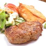 Katsu - 牛100%のハンバーグ