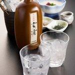 麺酒房 文楽 - 焼酎・日本酒などをはじめ御飲物も多数ご用意しています。
