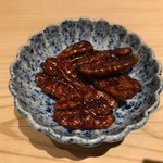 96652145 - ピーカンナッツの飴炊き