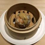 96652182 - 海老の焼売(玉葱のマスタードソース)