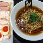 超純水採麺 天国屋 - 2018/11/17限定・醤油麺(1000円)